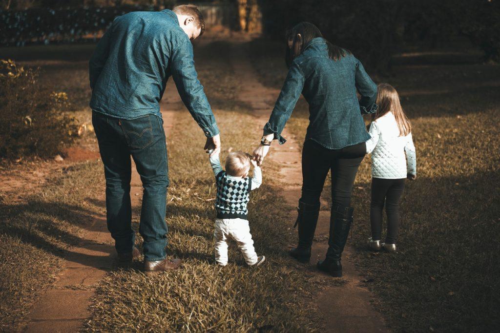 子どもの歩行